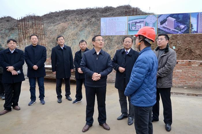 杨甫祥调研农商行在建工程项目建设情况